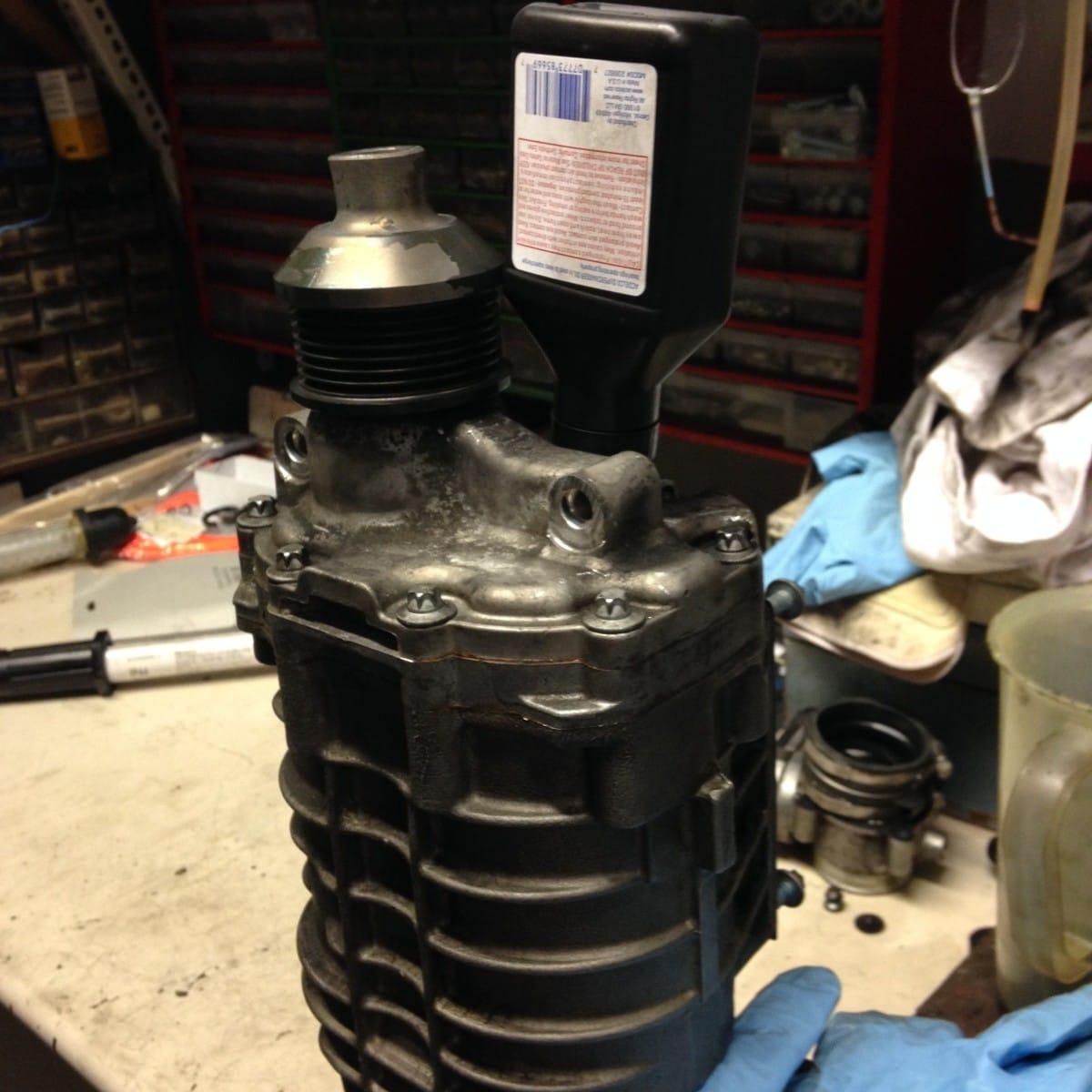 M271 Kompressor Ausbauen 214 Lwechsel Und Laderradwechsel