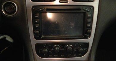 Anleitung: Mercedes W203 Radio ausbauen Der Pade image 6
