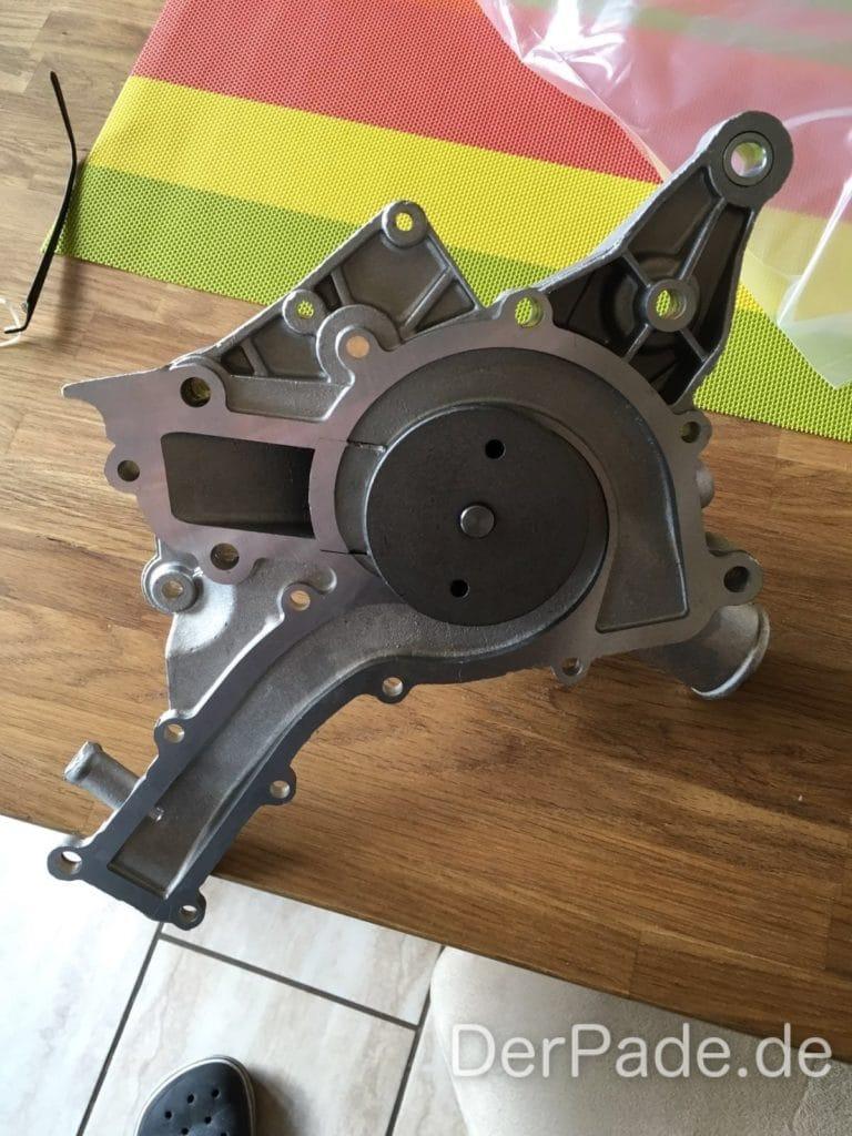 Anleitung: M112 C32 AMG M112 Wasserpumpe wechseln Der Pade image 1