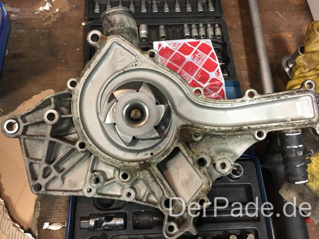 Anleitung: M112 C32 AMG M112 Wasserpumpe wechseln Der Pade image 6