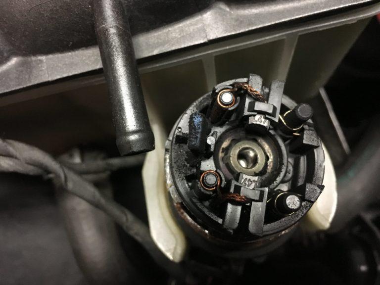 Mercedes-Umwälzpumpe-Kohlenabrieb