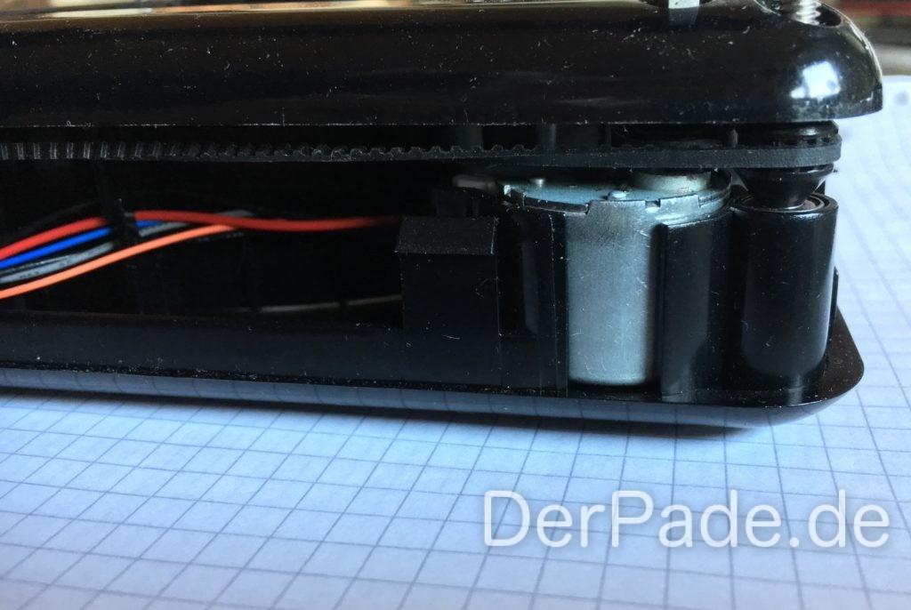 M3D Micro - Riemenantrieb im Detail der X-Achse (Motor) und der Z-Achse (äußerer Riemen).