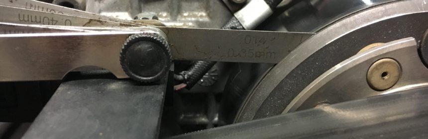 C32 AMG Luftspaltmaß Riemenscheibe Magnetkupplung - Fühlerlehre