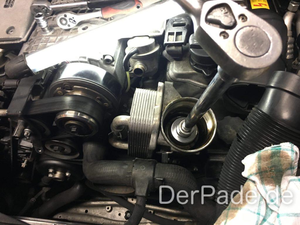 M112 Ölkühler Dichtungen Ölfiltergehäuse abmontieren