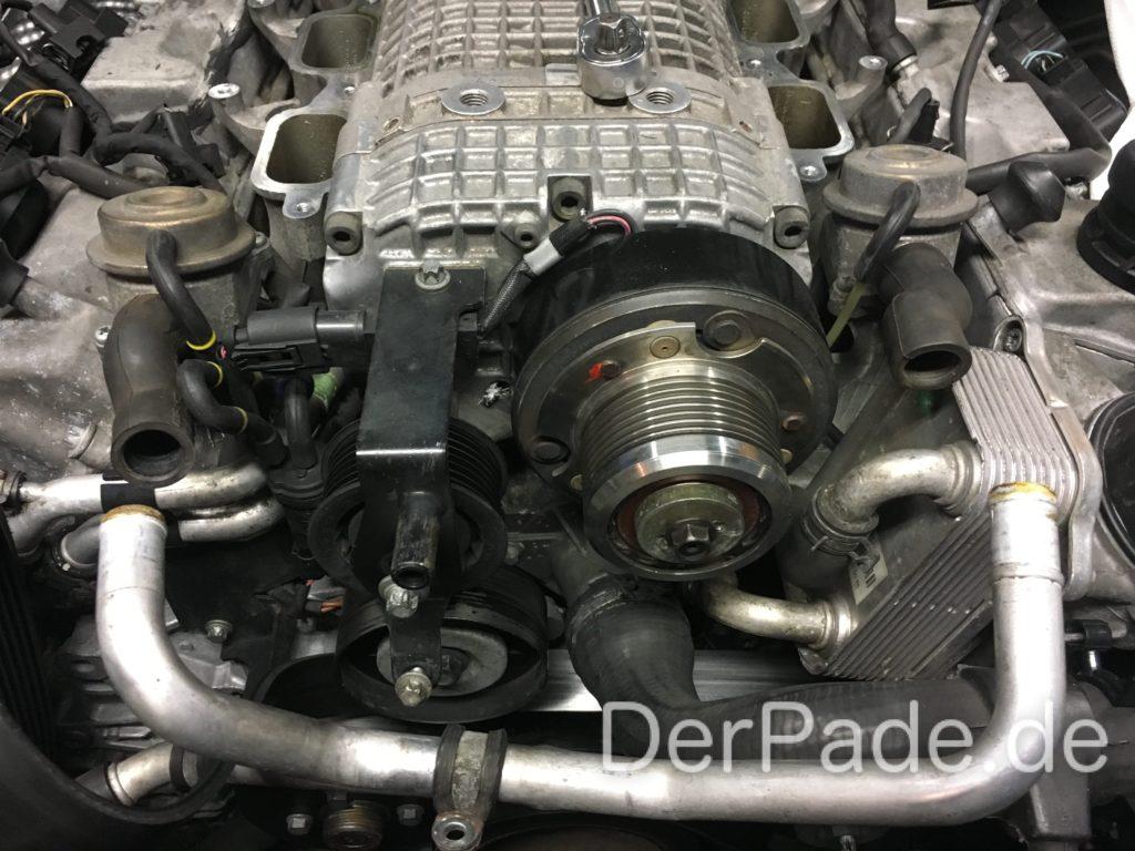 W203 C32 AMG Kompressor ausbauen - Sekundärluftzufuhr