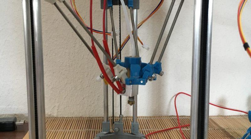 BackpackMiniDelta 3D Drucker Prototyp Aktueller Prototyp mit Hotend