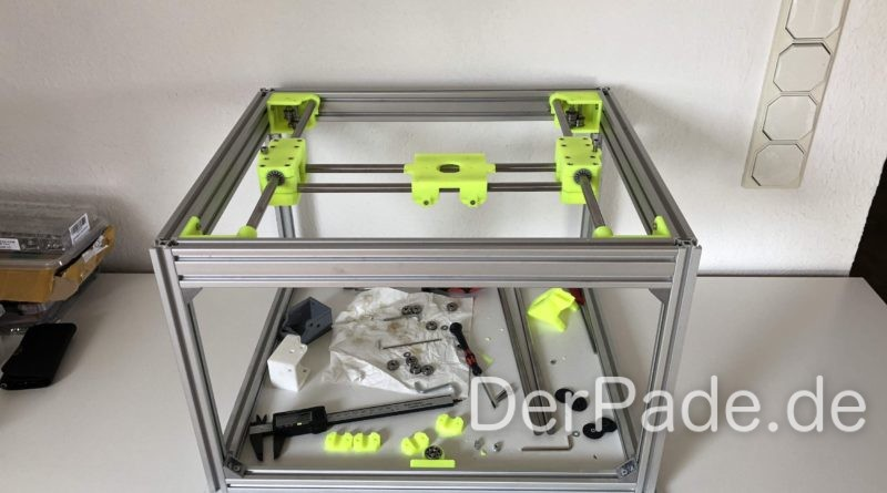 Sparkcube yellow Front